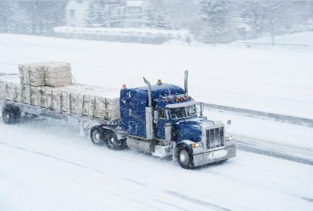 La route 381 est fermée aux véhicules lourds en raison de la neige