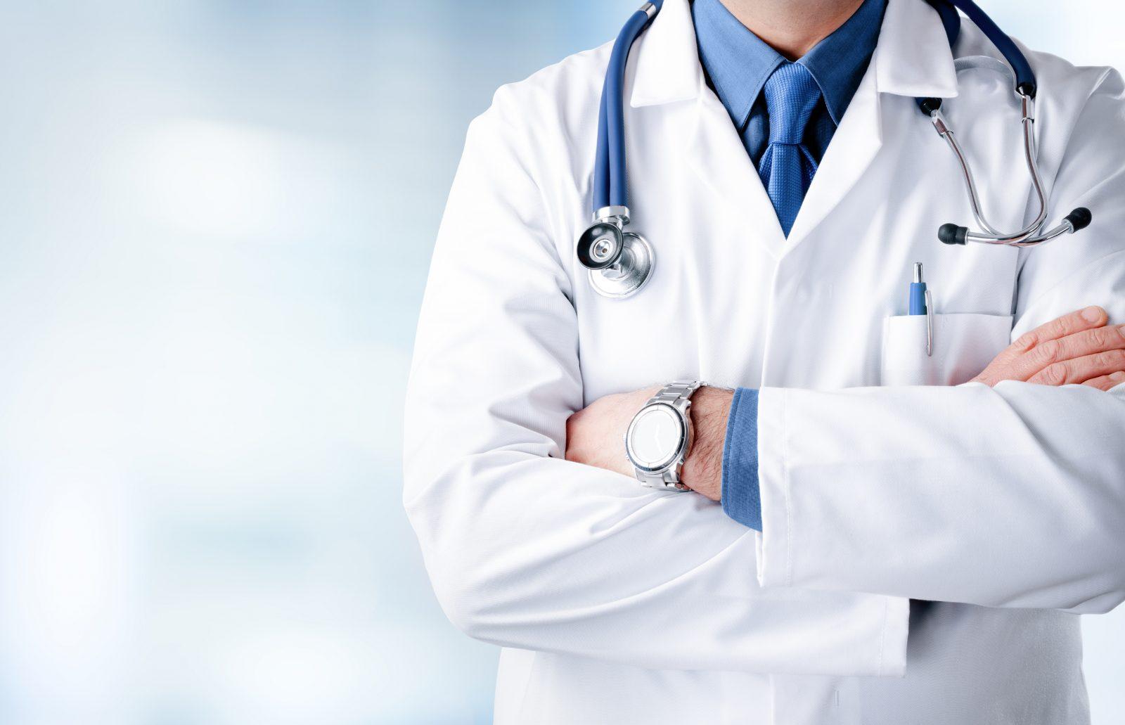 COVID-19 : permission spéciale pour les étudiants finissants en médecine