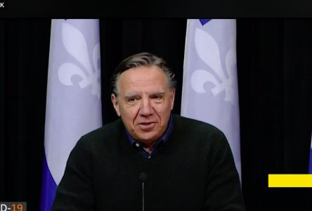 Bond de 1000 cas de COVID-19 de plus au Québec en 24h