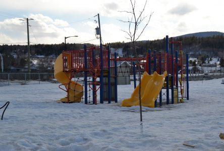 Baie-Saint-Paul ferme à son tour ses modules de jeux