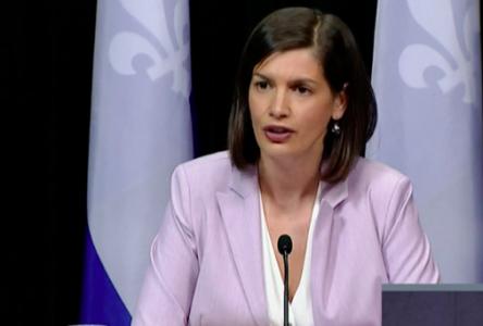 Québec veut maintenant aplatir la courbe de la détresse psychologique