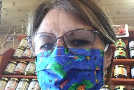 (Vidéo)Plus qu'une journée pour se procurer son masque… ou s'en fabriquer un !