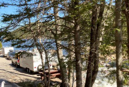 Du «camping clandestin» à Saint-Siméon, la municipalité intervient