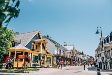 Baie-Saint-Paul se réinvente: la rue St-Jean-Baptiste sera piétonne les vendredis soirs et les samedis