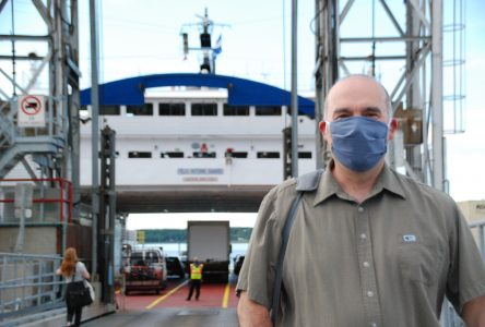 Les usagers et employés des traversiers doivent porter le masque