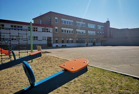 Nouvelle école primaire à La Malbaie: «pas plus cher» de tout démolir