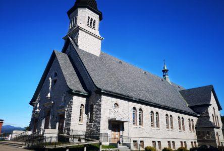 Déménagement à l'église de La Malbaie : des métiers à tisser «à sacrifier»