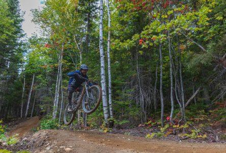 Beaucoup de cyclistes ont testé les pistes au Massif de Charlevoix