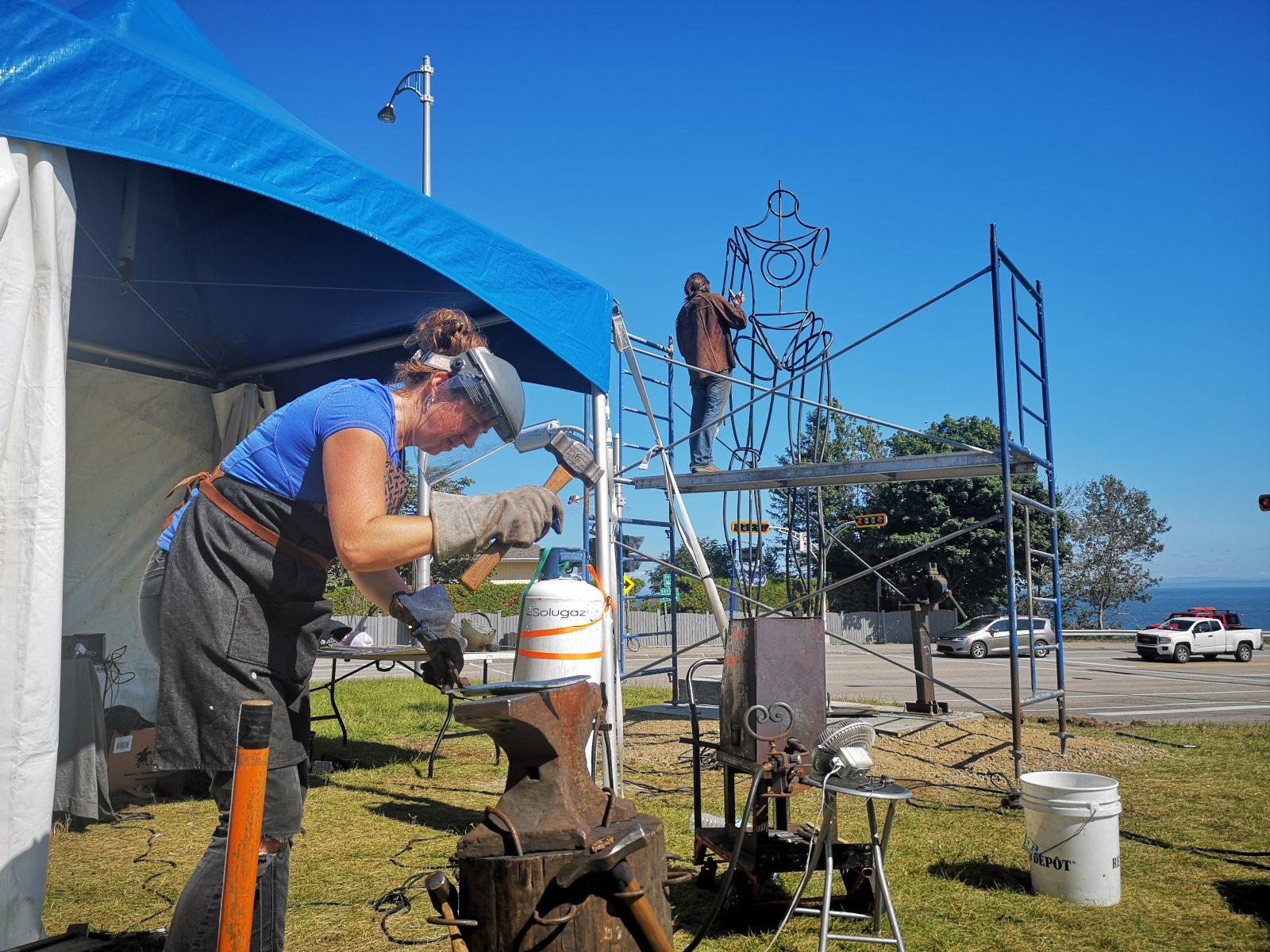 (Vidéo)La géante de fer de Pointe-au-Pic prend forme