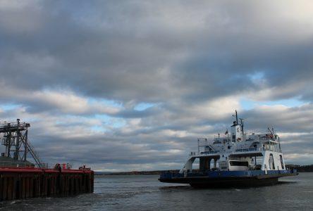 Moins de traversées et pas de voiture sur certains bateaux de la traverse Saint-Joseph-de-la-Rive/Isle-aux-Coudres du 21 au 23 octobre